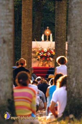 adoradores san pedro julián