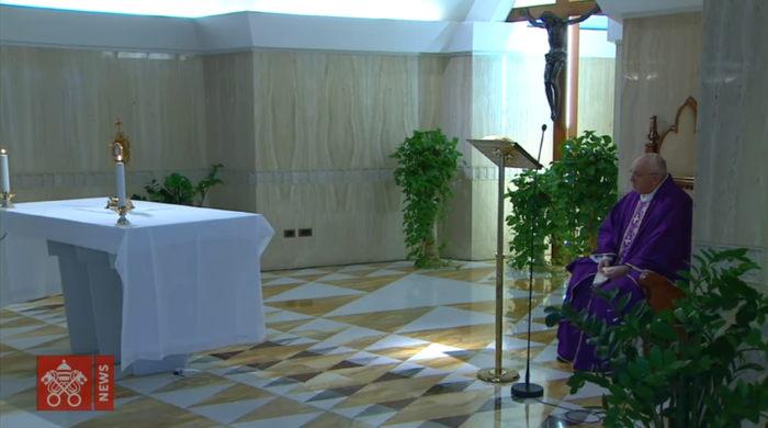 covid-19 adoración papa